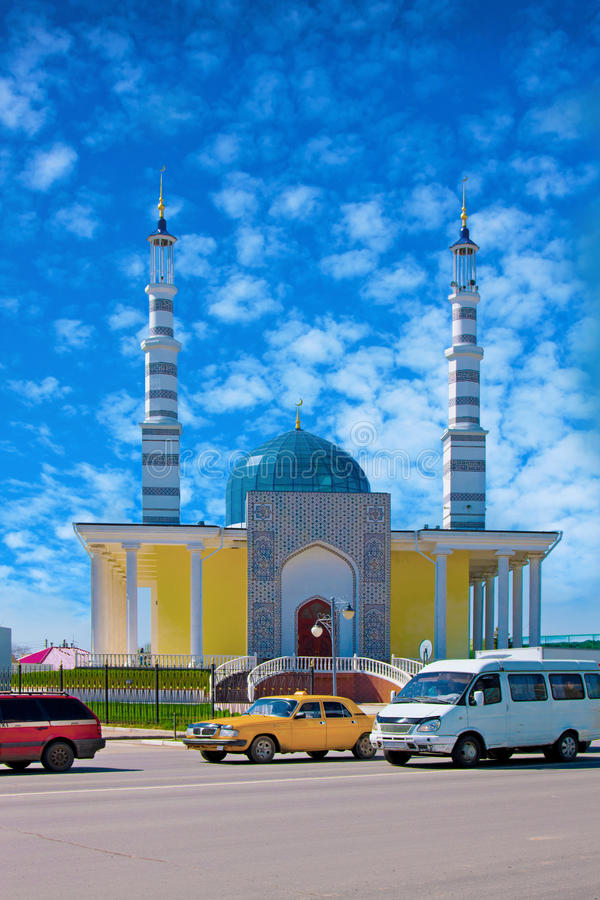 清真寺在市乌拉尔斯克,哈萨克斯坦 库存照片
