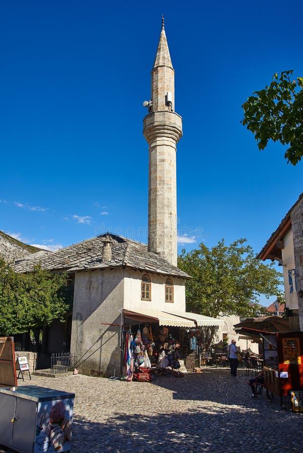 清真寺在莫斯塔尔,波斯尼亚 库存照片