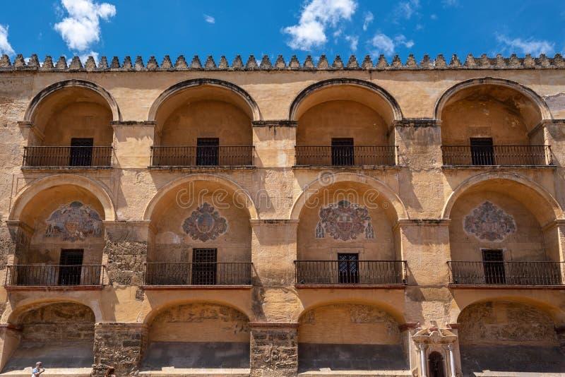 清真寺大教堂在科多巴,西班牙 外墙门面视图 免版税库存照片