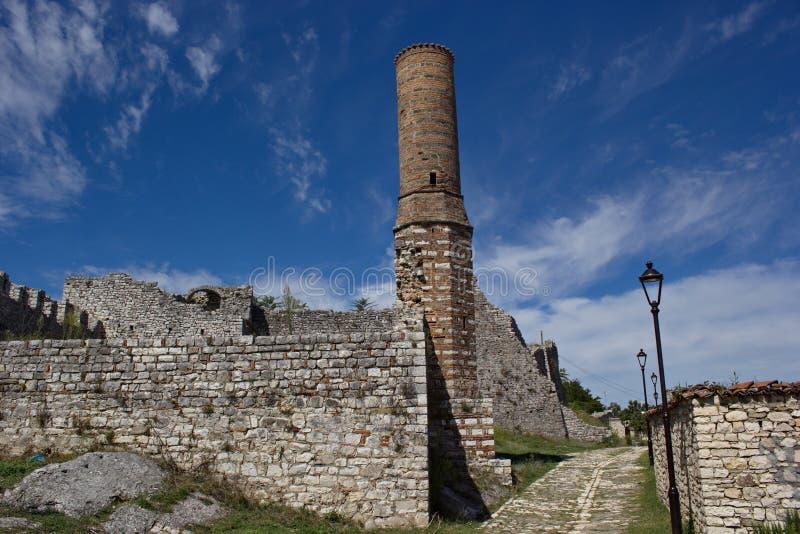 清真寺废墟在堡垒里面的在培拉特,阿尔巴尼亚 库存图片