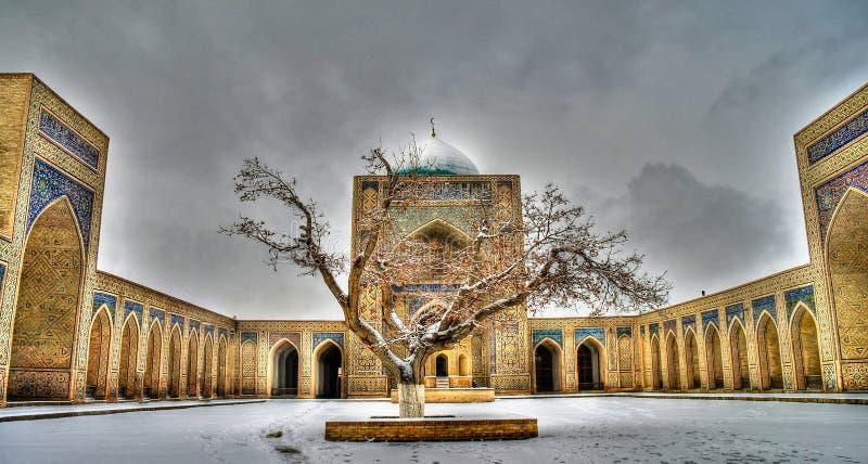 清真寺Kalyan和Po我Kalyan复合体,布哈拉,乌兹别克斯坦 库存图片