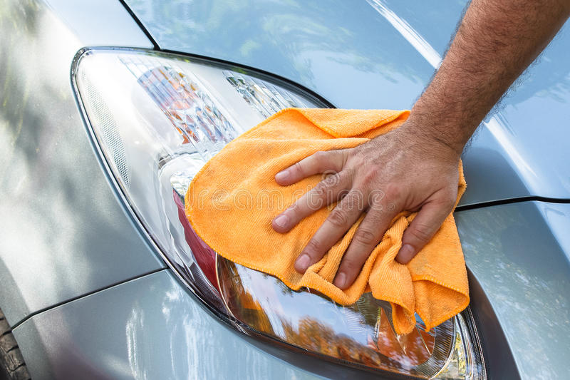 清洗汽车 免版税库存图片