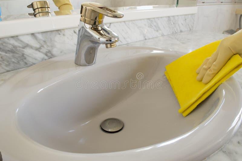 清洗的灰色水槽 库存图片