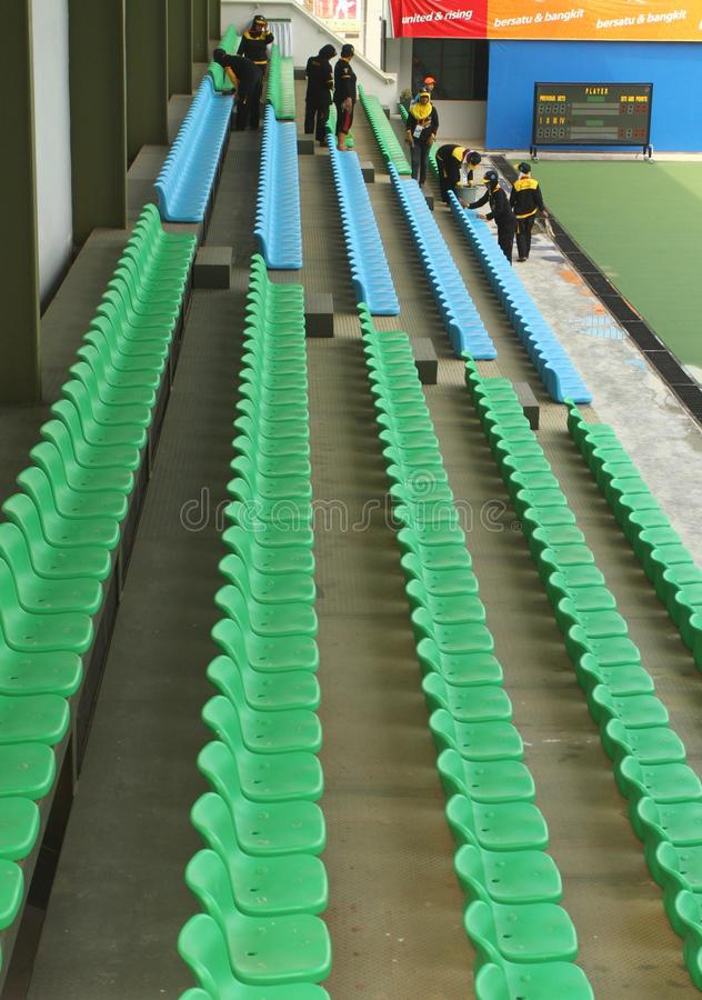 清洁网球场 库存照片
