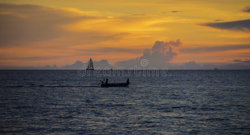 渔夫小船和风船在海 库存照片