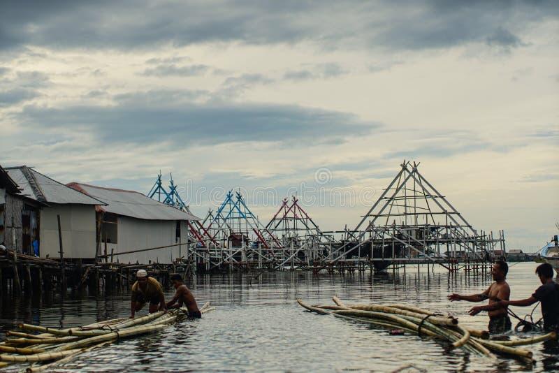 渔夫幸福 免版税库存图片