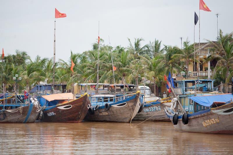 渔船会安市,越南 免版税库存照片