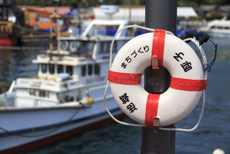 渔船和浮体在呼子港口 库存照片