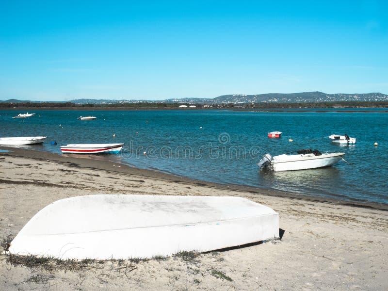 渔船在法鲁阿尔加威 免版税图库摄影