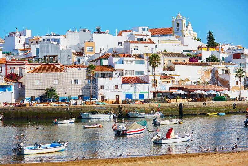 渔船在Ferragudo,阿尔加威,葡萄牙 免版税库存图片