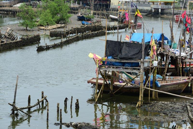 渔船钓鱼 库存图片