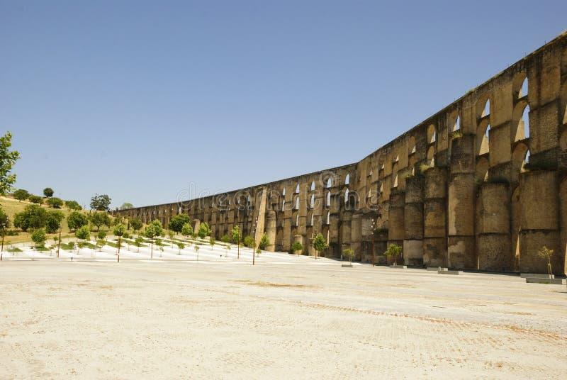 渡槽在Elvas,葡萄牙 免版税图库摄影