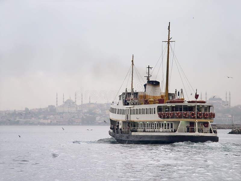 渡轮伊斯坦布尔 免版税图库摄影