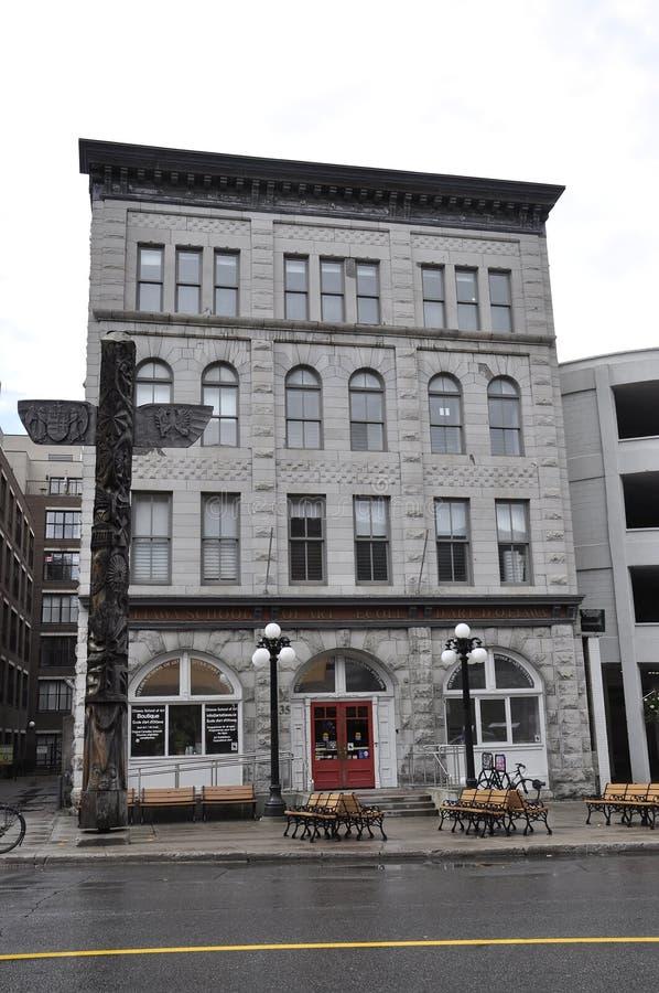 渥太华, 6月26日:艺术大厦学校从渥太华街市的在加拿大 库存图片