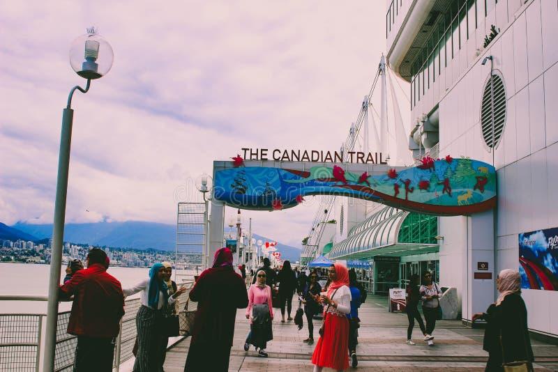 温哥华加拿大- 2018年6月15日:加拿大地方大厦在温哥华,不列颠哥伦比亚省 共同的旅游地点与 免版税库存图片