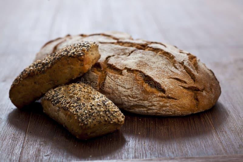 温暖面包的黑麦 免版税库存图片