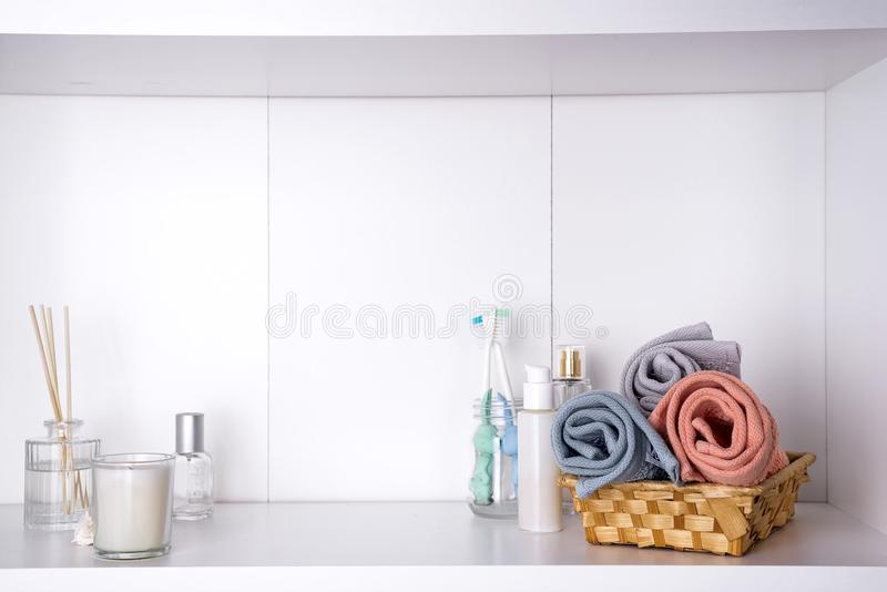 温泉和健康设置与毛巾 Dayspa自然产品 库存图片
