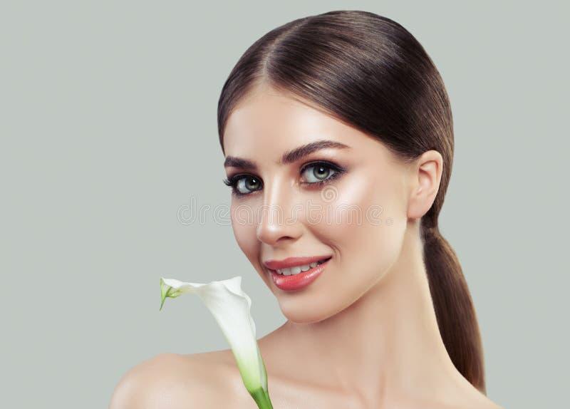 温泉女性面孔特写镜头 有健康皮肤的美丽的妇女 免版税库存图片