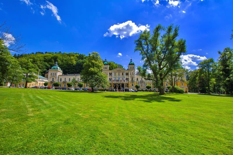 温泉建筑学-小温泉镇在西部波希米亚- Marianske Lazne Marienbad -捷克 库存照片