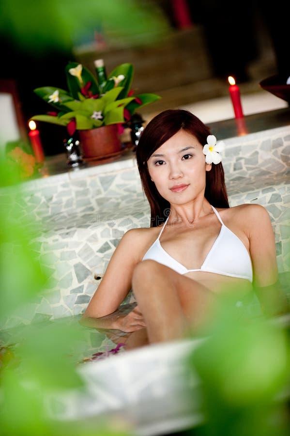 温泉的妇女 免版税库存照片