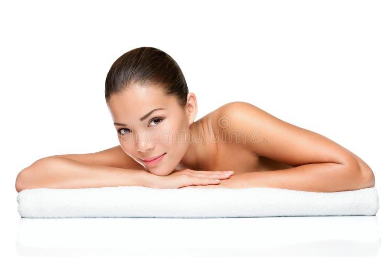 温泉秀丽皮肤处理妇女 库存照片