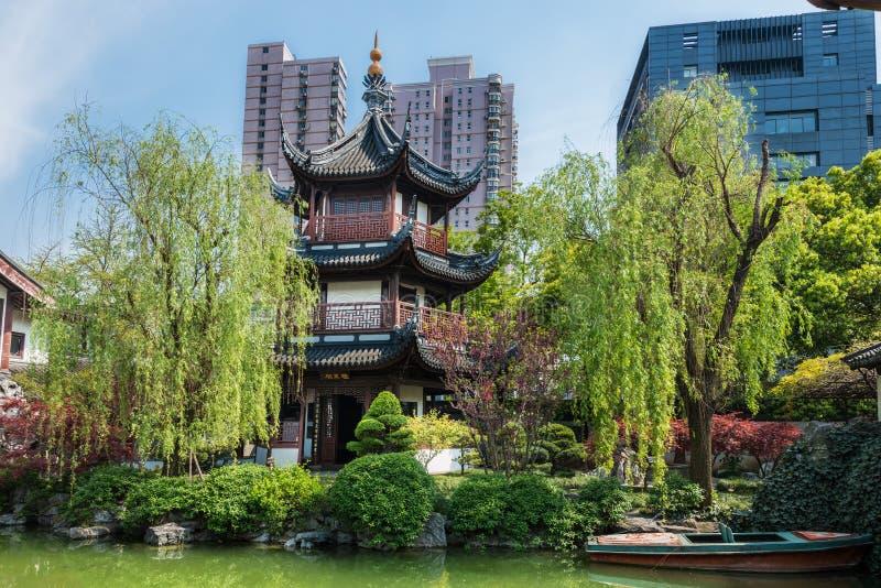 温苗族孔子寺庙上海瓷 免版税图库摄影