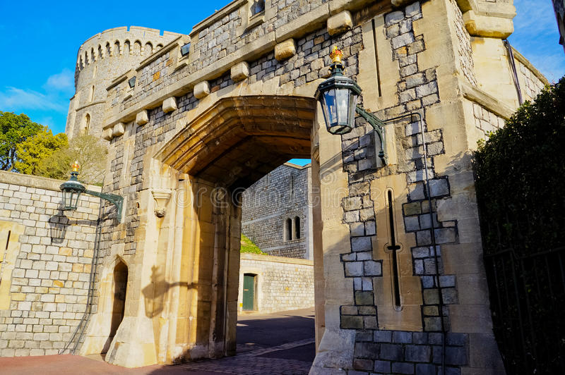 温莎,英国- 2014年2月15日:温莎城堡外部看法  图库摄影