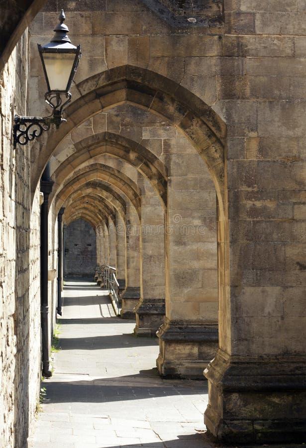 温彻斯特大教堂的拱道 库存图片