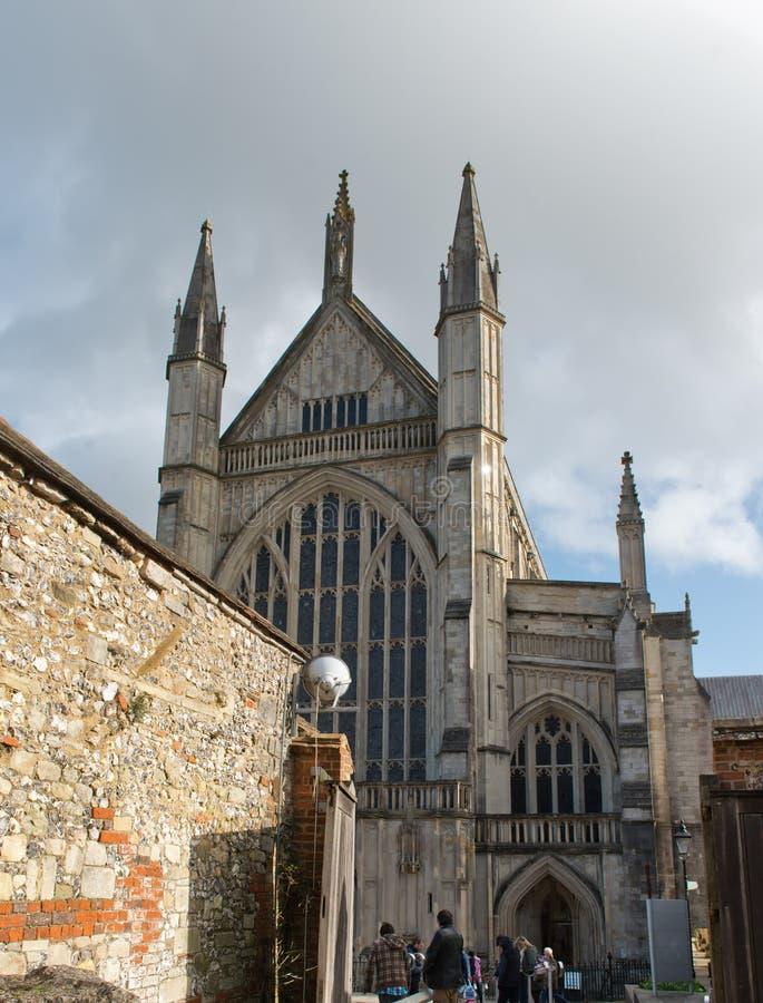 温彻斯特大教堂门面在英国 免版税库存图片