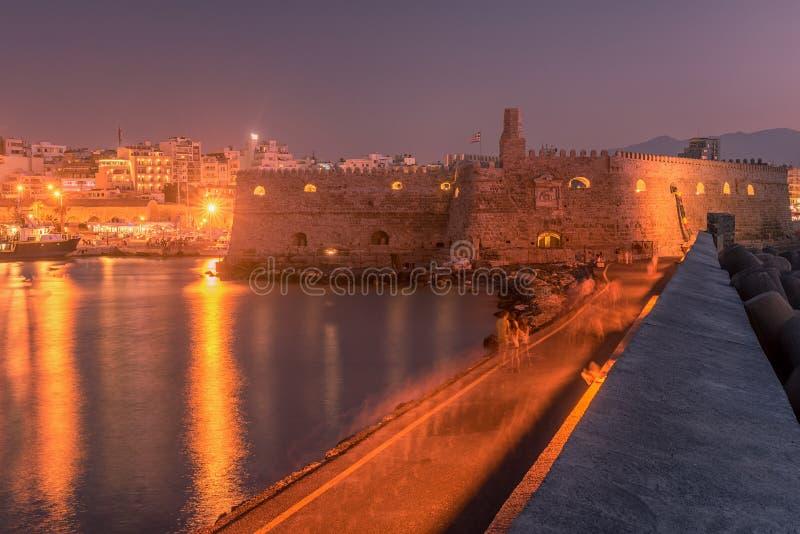 港口和伊拉克利翁,克利特,希腊老镇  库存图片