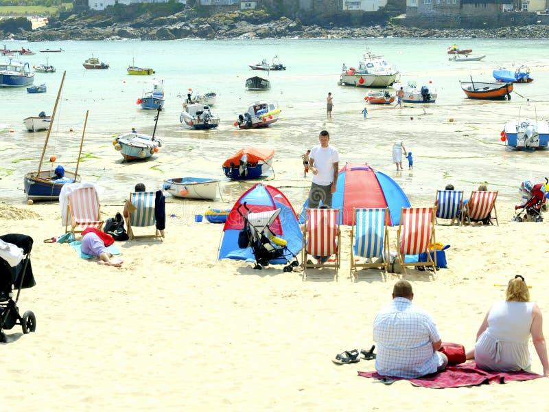 港口和海滩,圣Ives,康沃尔郡。 免版税库存图片