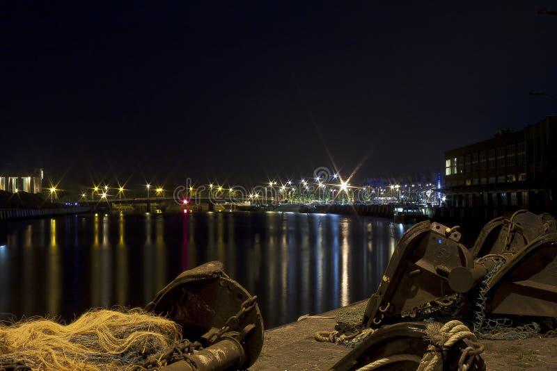 港口在夜之前 库存照片