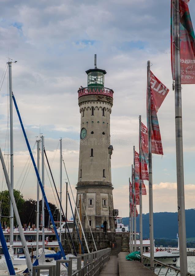 港口的港入口在林道或Bodensee博登湖的在德国南部 免版税图库摄影