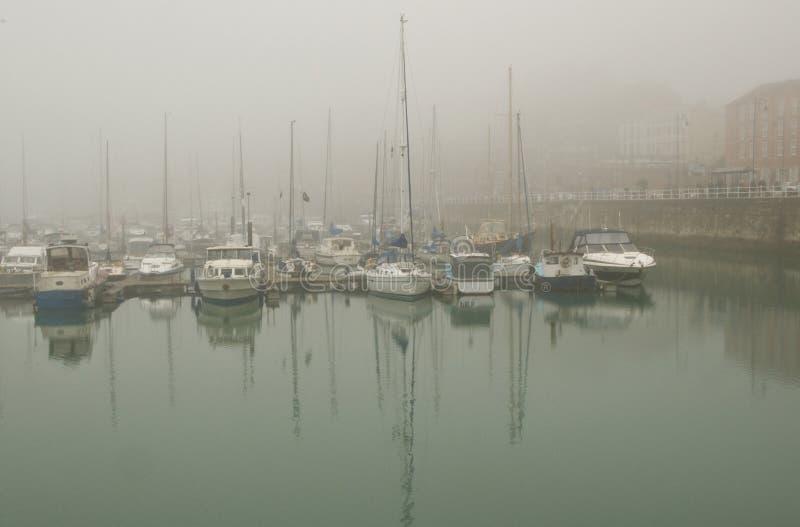 港口雾 库存图片