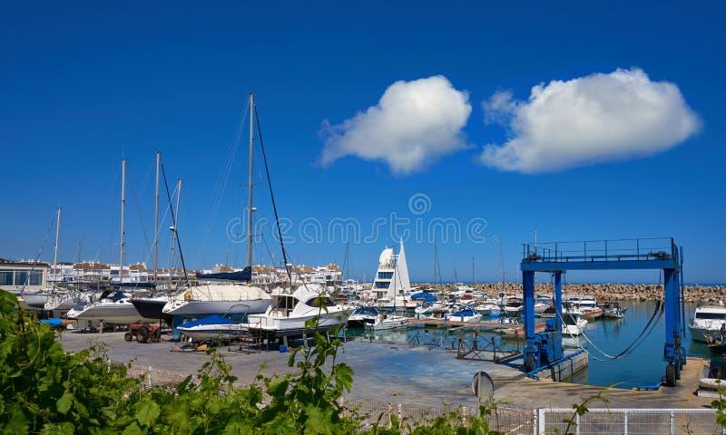 港小游艇船坞las丰特斯埃斯卡拉在Alcossebre 免版税库存图片