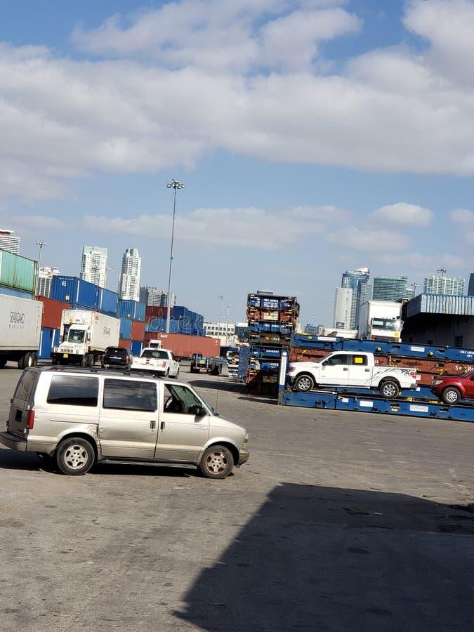 港汽车容器佛罗里达南部 免版税库存照片