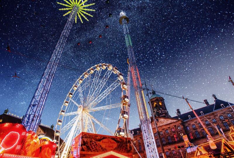 游乐园在阿姆斯特丹的中心在晚上 免版税库存照片