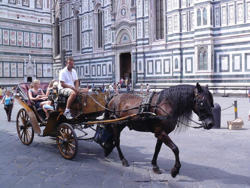 游人在皮亚萨della夫人的佛罗伦萨 库存图片