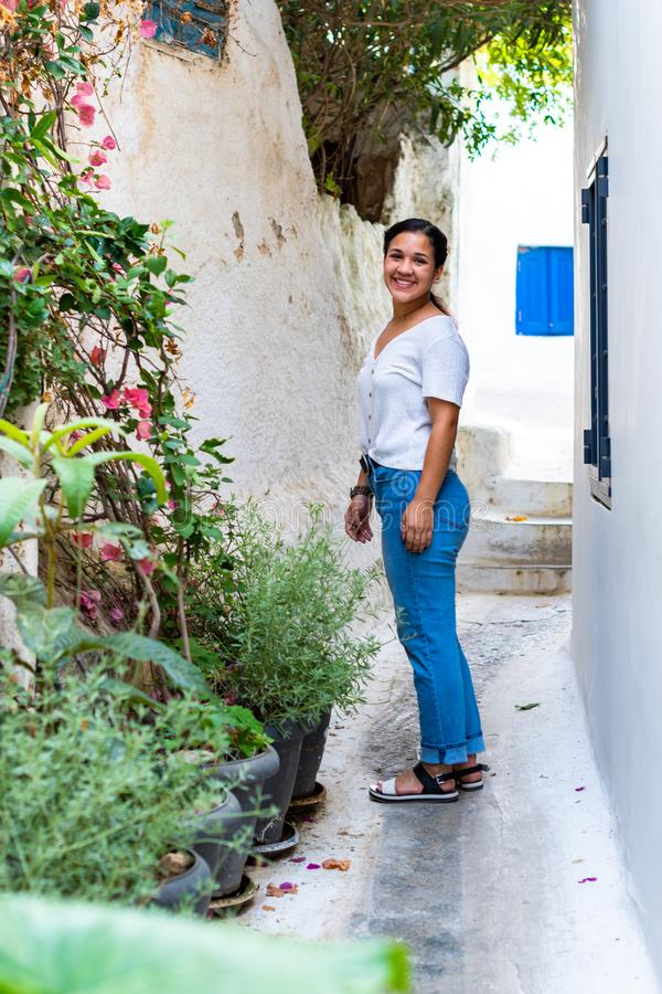 游人在雅典希腊 库存图片