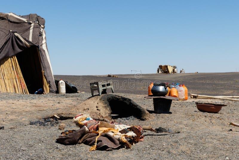 游牧人帐篷在摩洛哥沙漠 免版税库存照片