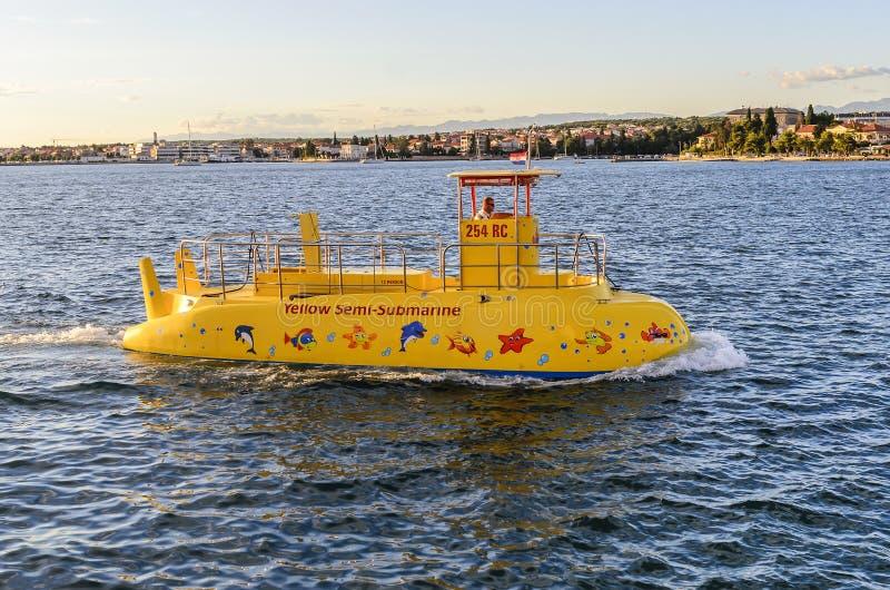 游船在海 免版税图库摄影