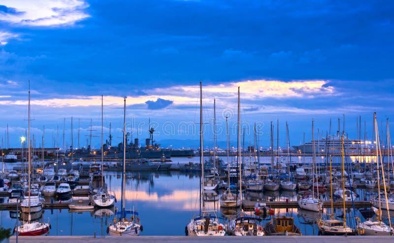 游艇在小游艇船坞 免版税库存照片