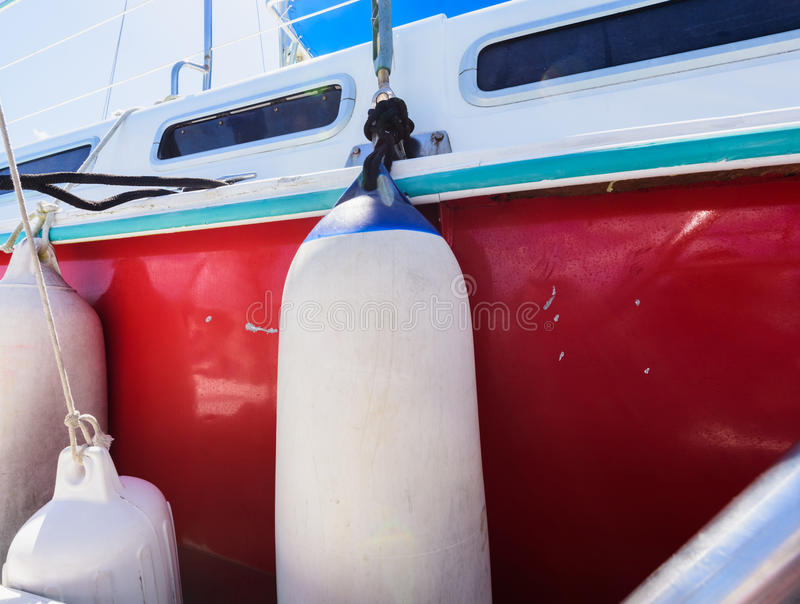 游艇小船的防御者 库存图片