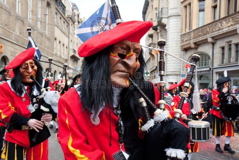 游行, Waggis,狂欢节在巴塞尔,瑞士 免版税库存图片