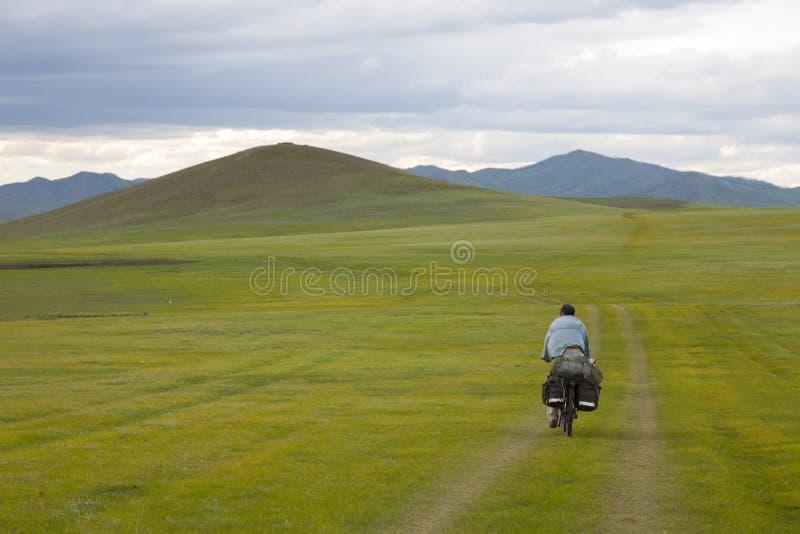 游览在蒙古的自行车 免版税库存图片