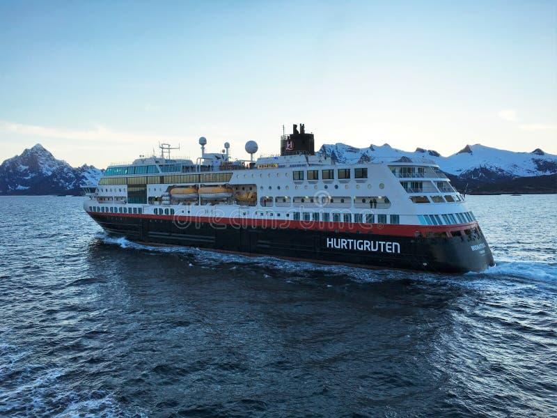游轮在Lofoten,挪威 库存图片