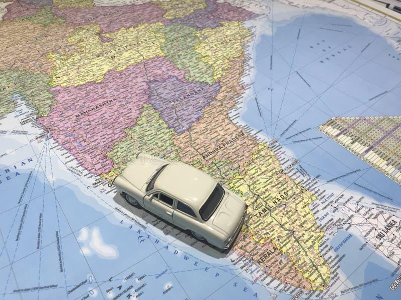 游遍的概念在印度的汽车 免版税库存图片