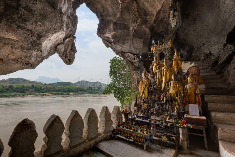 湄公河和朴Ou洞在老挝 免版税库存照片