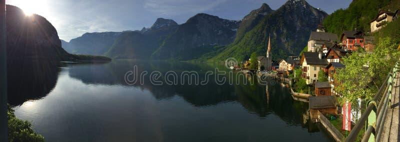 湖和山, Hallstatt,萨尔茨卡默古特,奥地利的区域 库存照片