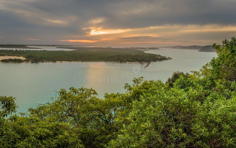 湖在从Jemmys点监视的澳大利亚视图入 图库摄影